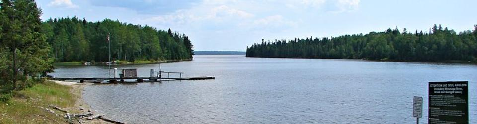 Lac Seul Fishing and Hunting Lodges